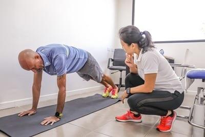 På resortet har du mulighed for at deltage i forskellige wellness programmer, hvor du lærer din krop bedre at kende og får styrket din balance og immunforsvar og dermed nemmere ved at undgå sygdomme.