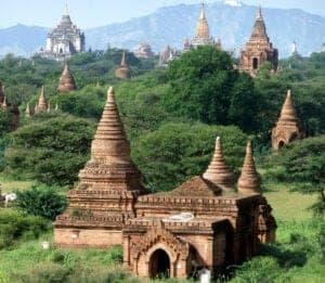 I dag skal du ud og cykle rundt mellem de mange templer, der ligger rundt omkring i Bagans landskab. Over en periode på 250 år, dengang Bagan lå i centrum af det gamle Pagan-imperium, blev der bygget mere end 10.000 templer i området. I dag står over 2.200 templer og pagodaer tilbage i en stand, der er imponerende. Cykl afsted i dit eget tempo på de flade veje og nyd dagen.