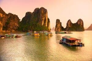 Sapa-regionen, Halong bugten og badeferie i Hoi An