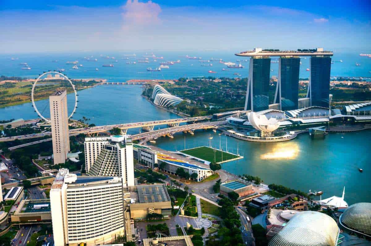 Singapores storby og Borneos dyreliv