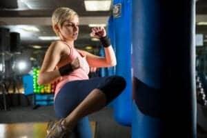 Muay Thai er navnet på landets traditionelle thai boksning. På hotellets Muay Thai Stadium har du alle faciliter til at træne thaiboksning.