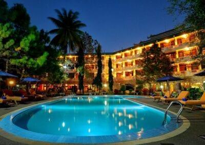Amazing Keng Tong Resort