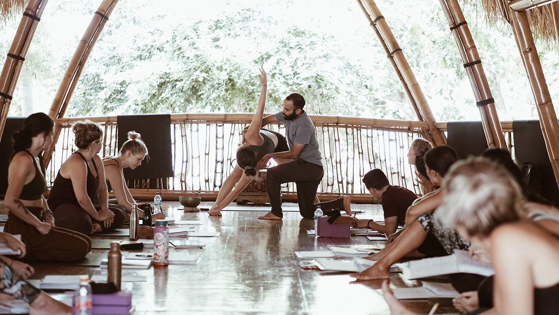 200 timers Yoga uddannelse på Bali